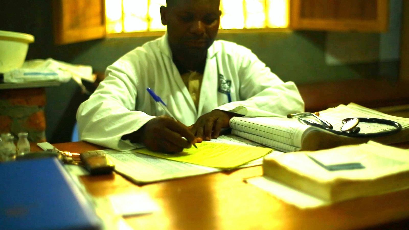 Health worker in DRC