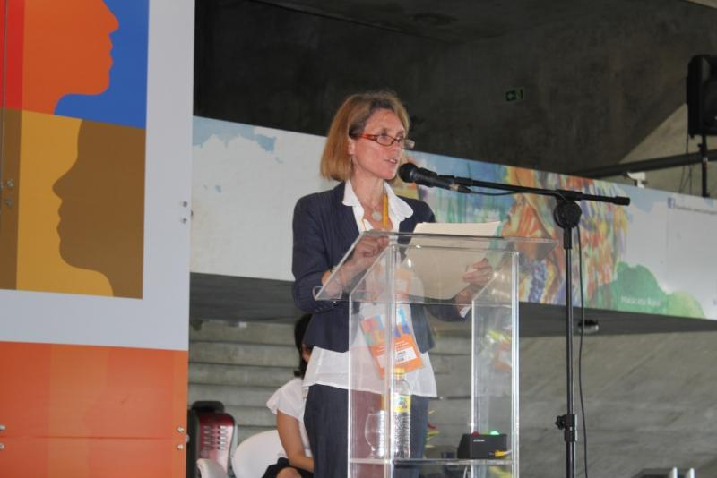 Rebecca Kohler presents IntraHealth International's commitment at the Third Global Forum on Human Resources for Health in Recife, Brazil.