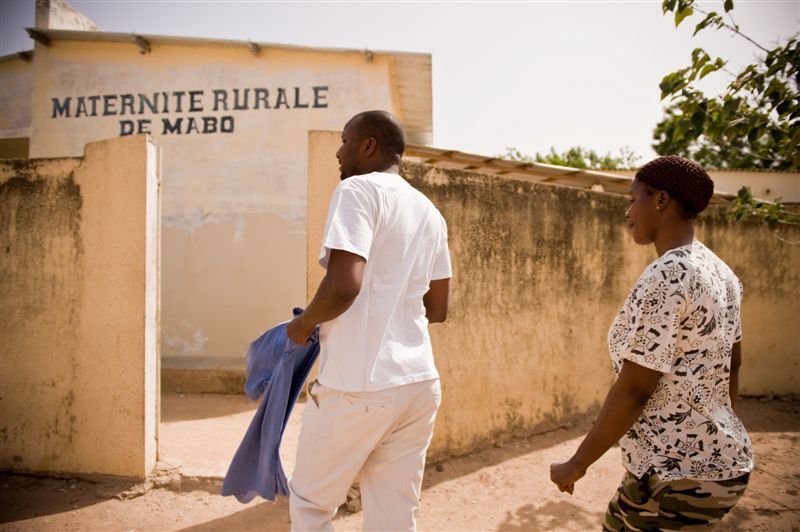 Today's global health students grapple with the legacy of colonialism in global health. Photo by Clement Tardiffe for IntraHealth International.