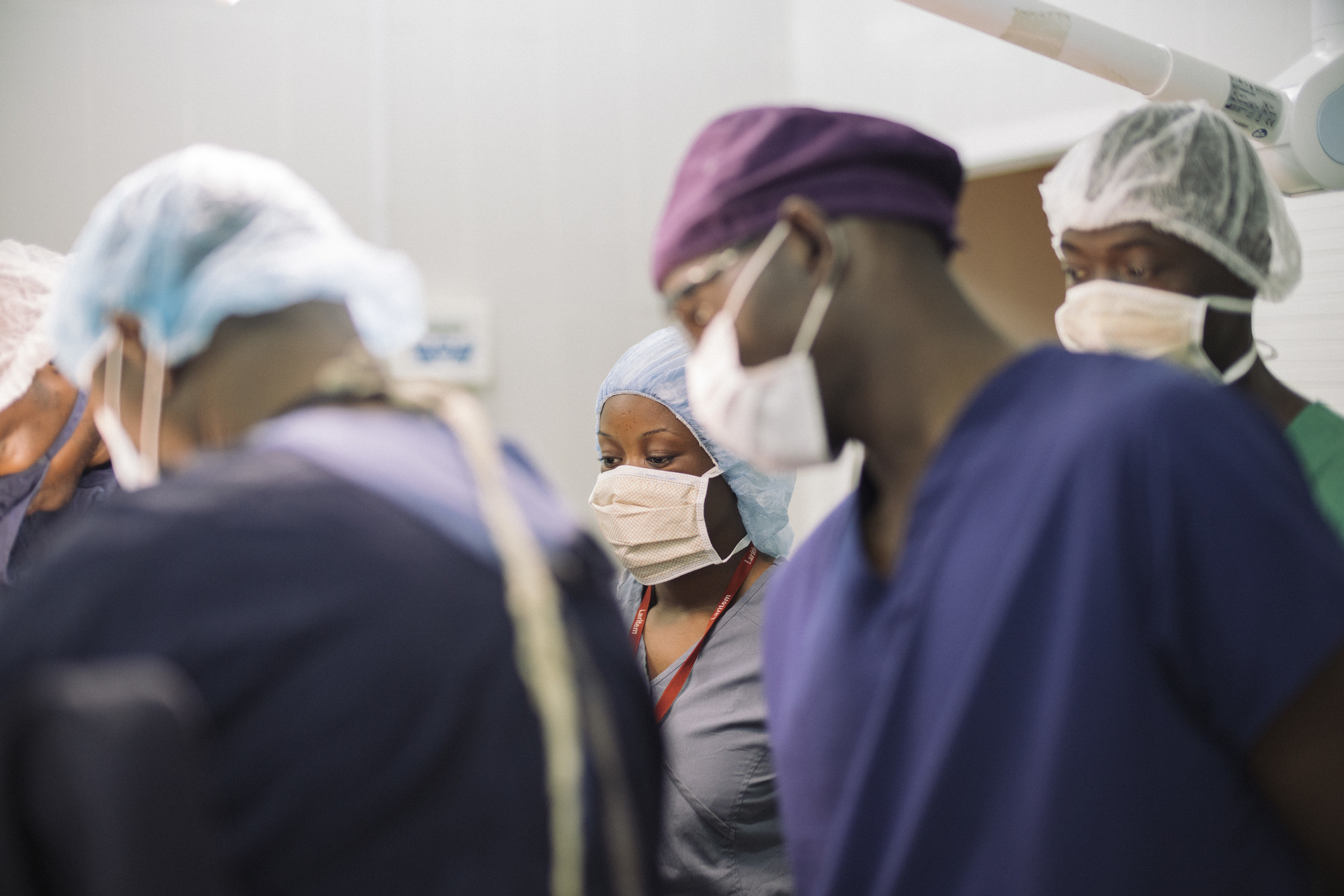 Photo of health workers in Mali by Nana Kofi Acquah for IntraHealth International. IntraHealth leads the secretariat for the Frontline Health Workers Coalition.